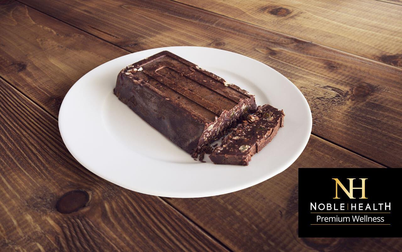 blok czekoladowy z krakersami